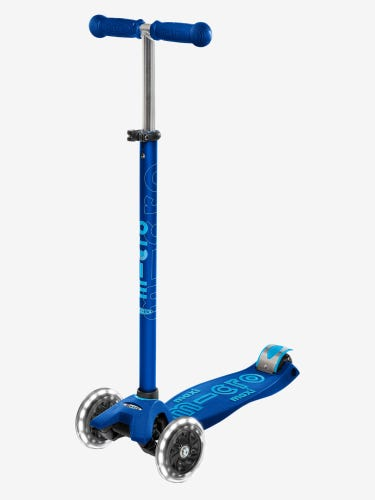 Maxi Micro Deluxe LED Scooter Navy