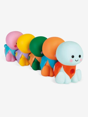 Janod 5 Turtles Bath Toy - The Family All In A Line