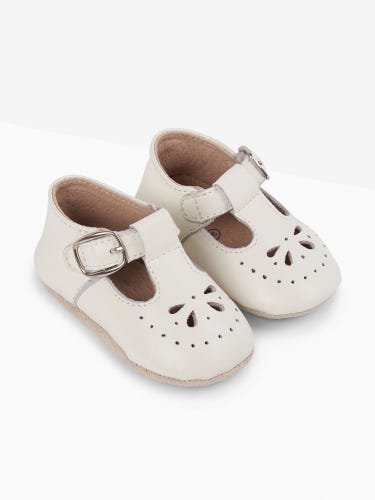 Classic White Leather Pre-Walker Shoes
